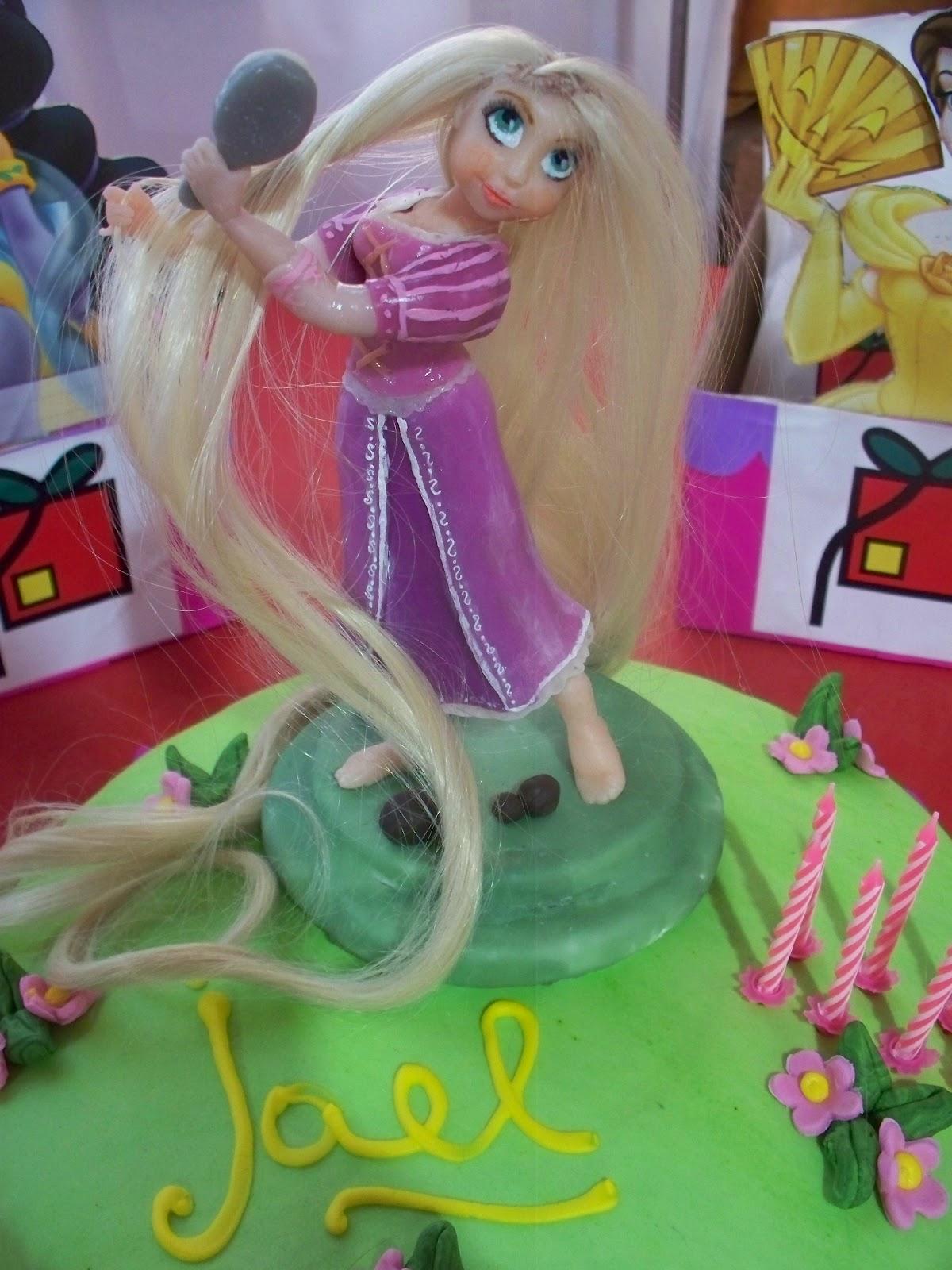 Rapunzel En Su Torta