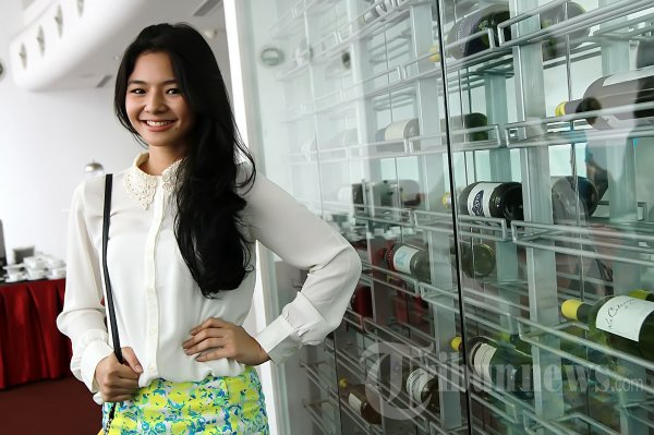 Cantiknya Indonesia: Eriska Reinisa