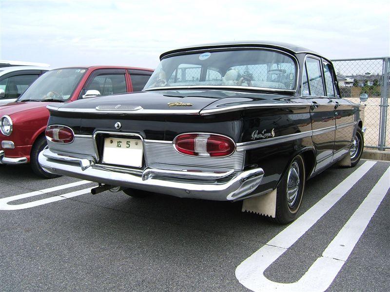 Prince Gloria Super 6 stary japoński samochód klasyk oldschool