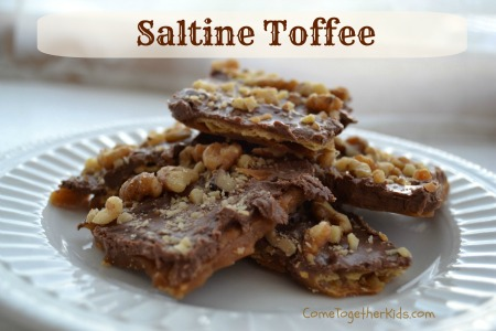 toffee made with saltine crackers, Christmas Crack