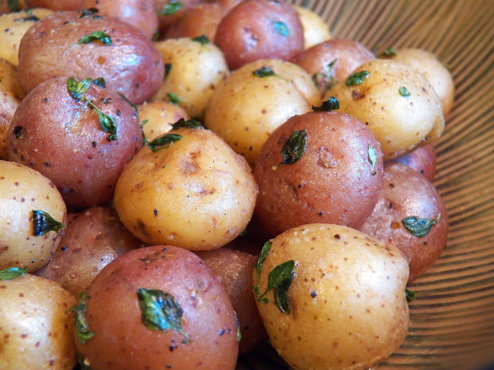 Quick and Easy Thyme Baby Potatoes