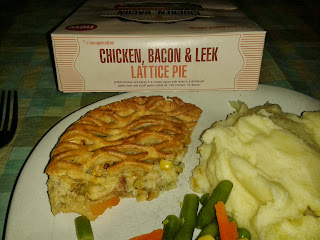 Co-op Chicken, Bacon and Leek Lattice Pie