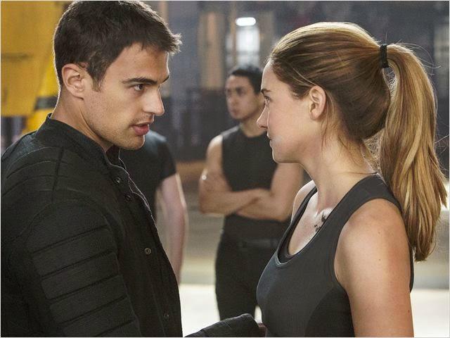 "Theo James y Shailene Woodley en ""Divergente"""