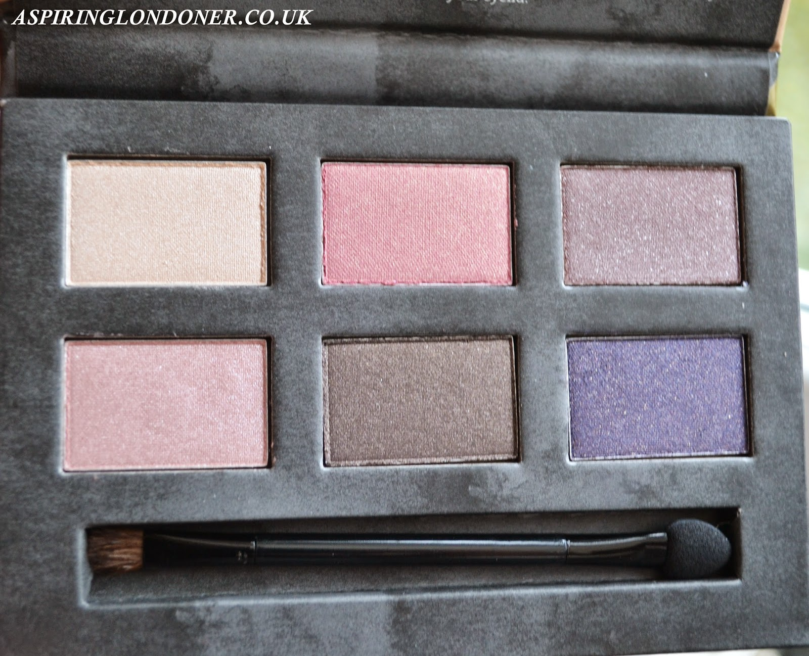 Seventeen Eye Palette and Lip Crayon Cosmetic Bag Review - Aspiring Londoner