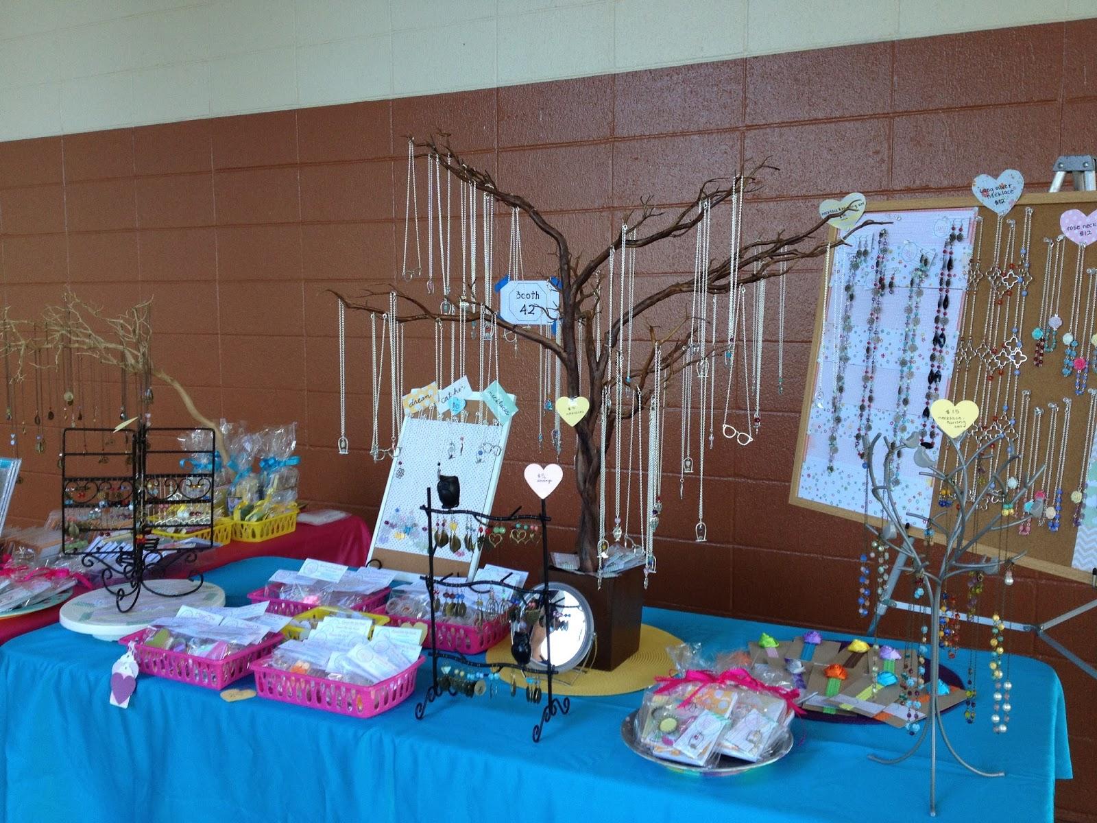 Dole Cannery Craft Fair