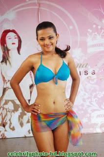 Sri Lankan Girls Wear Bikini In Fashion Show Photos
