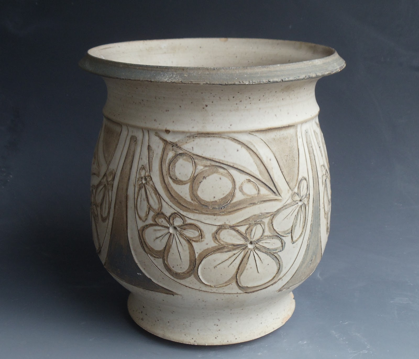 Julia Munn Livingston Pottery Archived 1970s