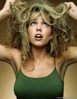 Cuidados com a pele e cabelos secos | Clínica Weiss | Hugo Weiss Dermatologista