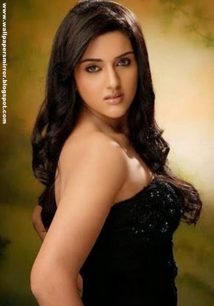 Top 10 south indian actresses wallpapers