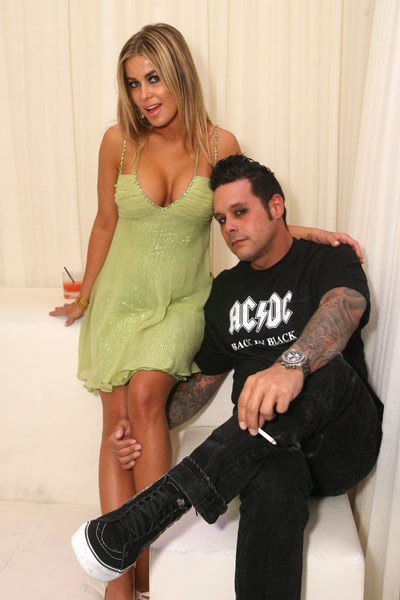 Hollywood: Carmen Electra With Her Boyfriend In Pics And ...