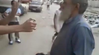 """البلطجية المعتدون على """"الشيخ"""" يعتذرون عن حرق لحيته"""