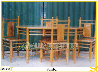 Kursi dan Meja Makan Ukiran Kayu Jati Bambu