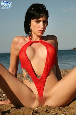 Bikini-Dare_Sofia_18_2