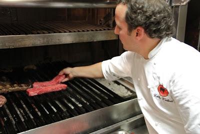 Cocinero del restaurante Rubaiyat Blog Esteban Capdevila