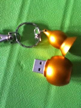 http://rover.ebay.com/rover/1/711-53200-19255-0/1?ff3=4&pub=5575049291&toolid=10001&campid=5337335091&customid=&mpre=http%3A%2F%2Fwww.ebay.com%2Fitm%2FNew-4-32GB-gold-gourd-model-usb-2-0-memory-stick-flash-drive-pen-drive-car-gift-%2F380867781982%3Fpt%3DLH_DefaultDomain_0%26var%3D%26hash%3Ditem58ad7d255e
