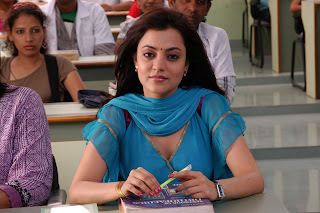 Nisha-Agarwal-Solo-Movie-Stills-CF-013.jpg