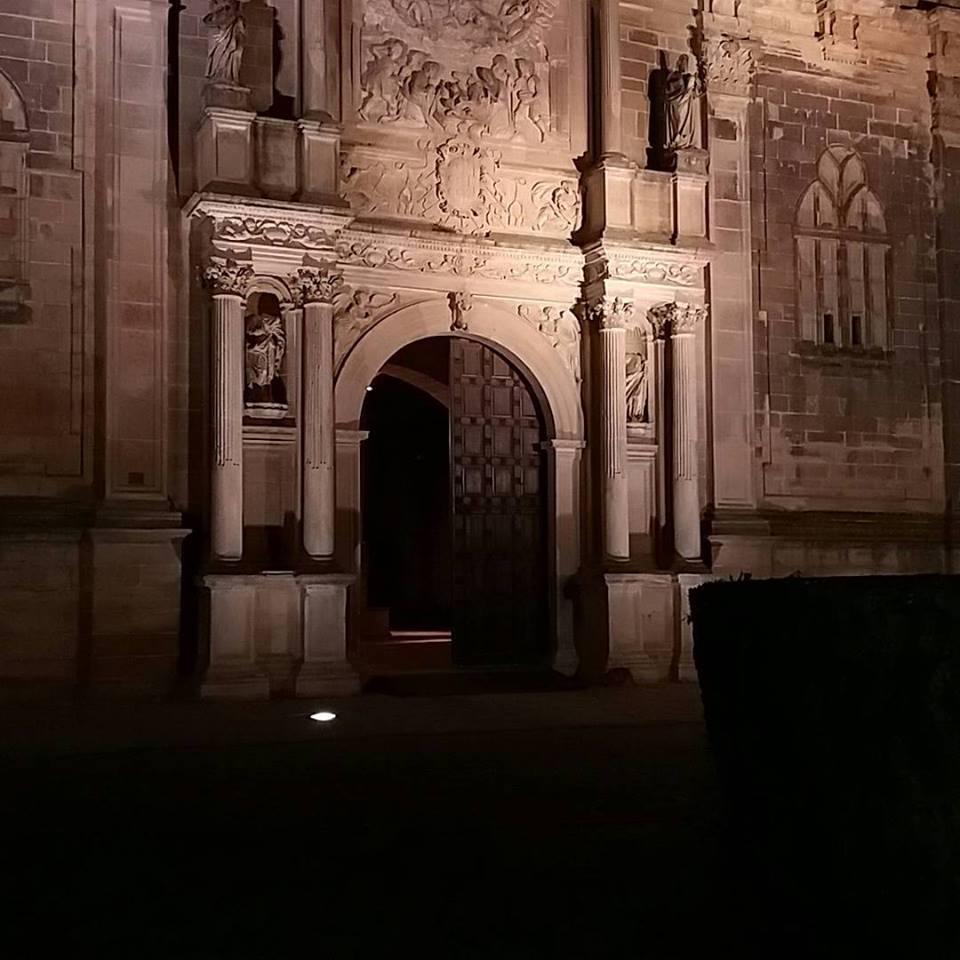 Santa María de los Reales Alcázares;