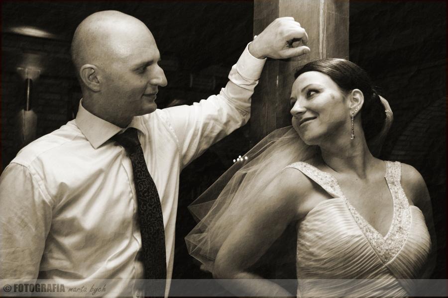 zdjęcia ślubne fotograf wesele młoda para