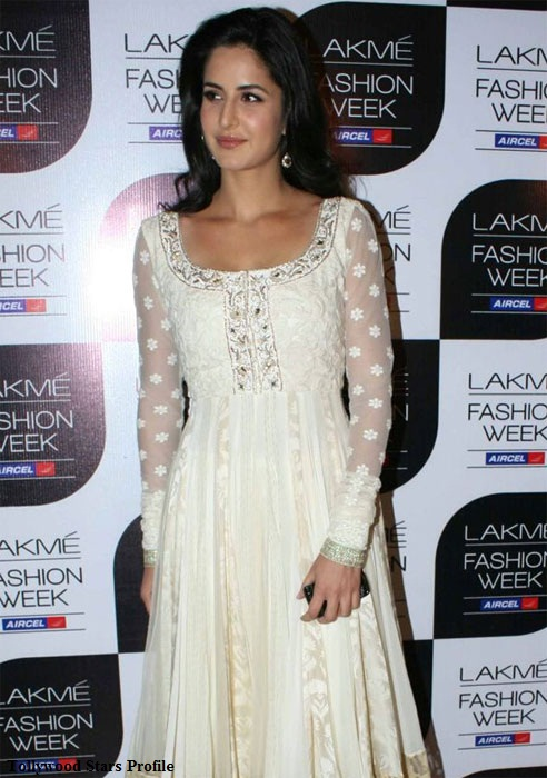 katrina kaif white dress hot photoshoot
