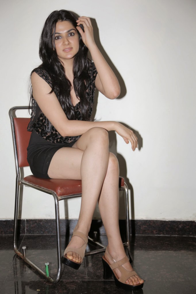 Beautiful Sakshi chowdary hot photo gallery in black short dress desi indian Bollywood, Tollywood, fine, cute, collection, image gallery