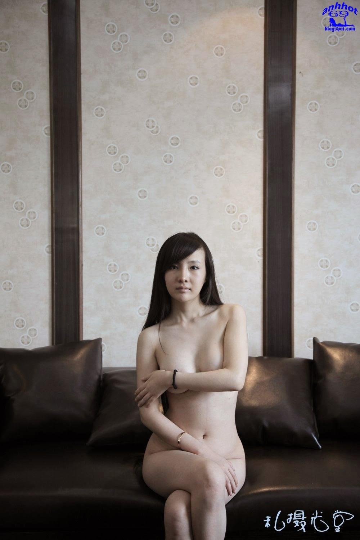 gan-lu-lu-naked_VxtW2Us