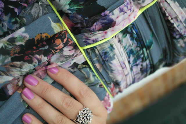 lashes of london blogger dress