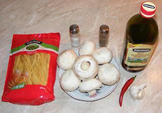 ingrediente paste cu ciuperci, retete cu ciuperci, preparate din ciuperci, retete cu paste, preparate din paste, retete culinare, retete de mancare,
