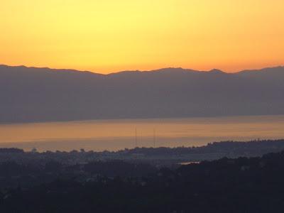 Foto di Corfù all'alba  ed il panorama