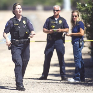Burglary suspect shot by deputy in Tempe dies