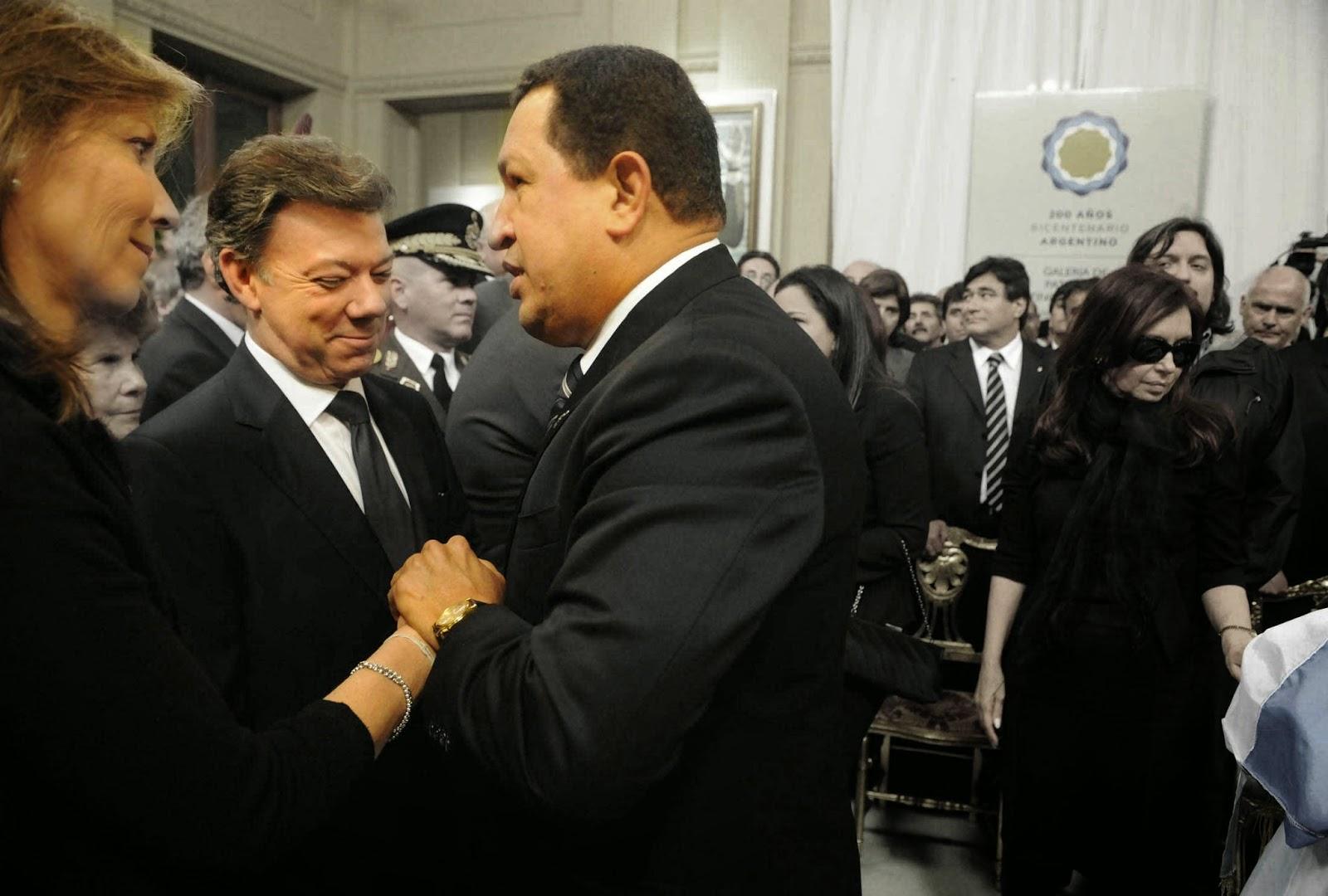 Santos y Chavez | Castrochavismo
