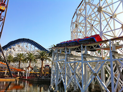 California Screamin' Disney Adventure coaster rollercoaster DCA