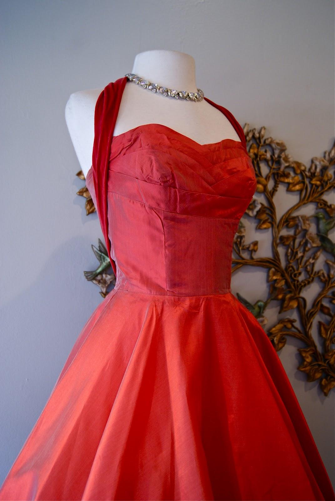 Xtabay Vintage Clothing Boutique Portland Oregon Queen