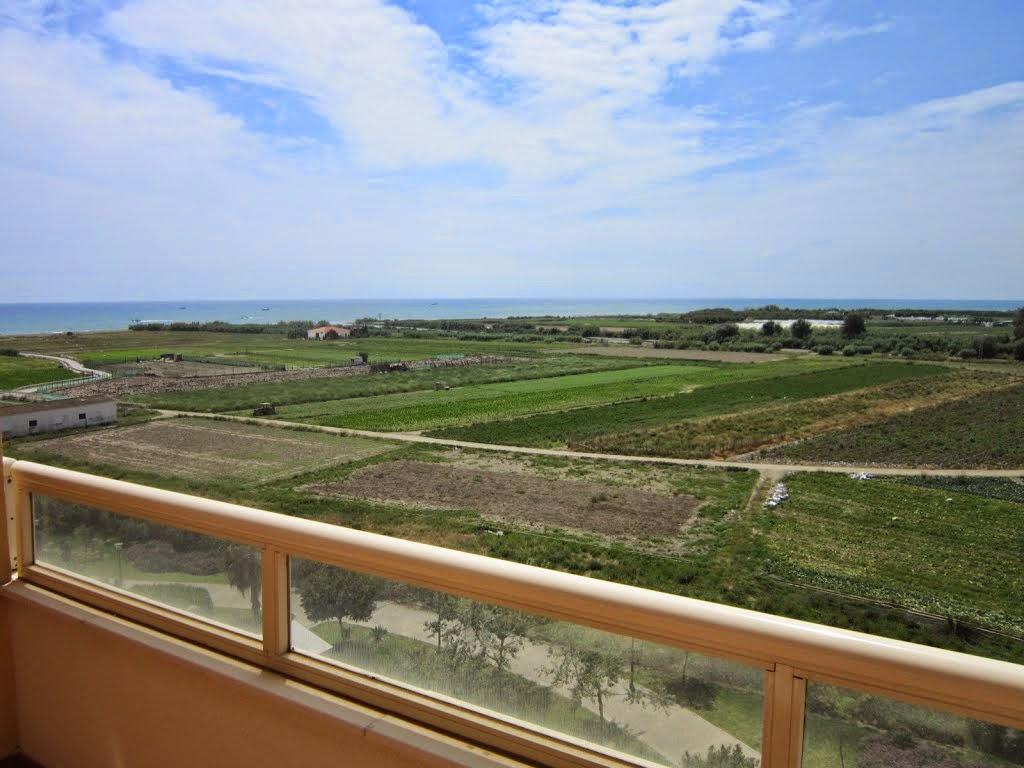 http://www.panoramio.com/photo/92772830