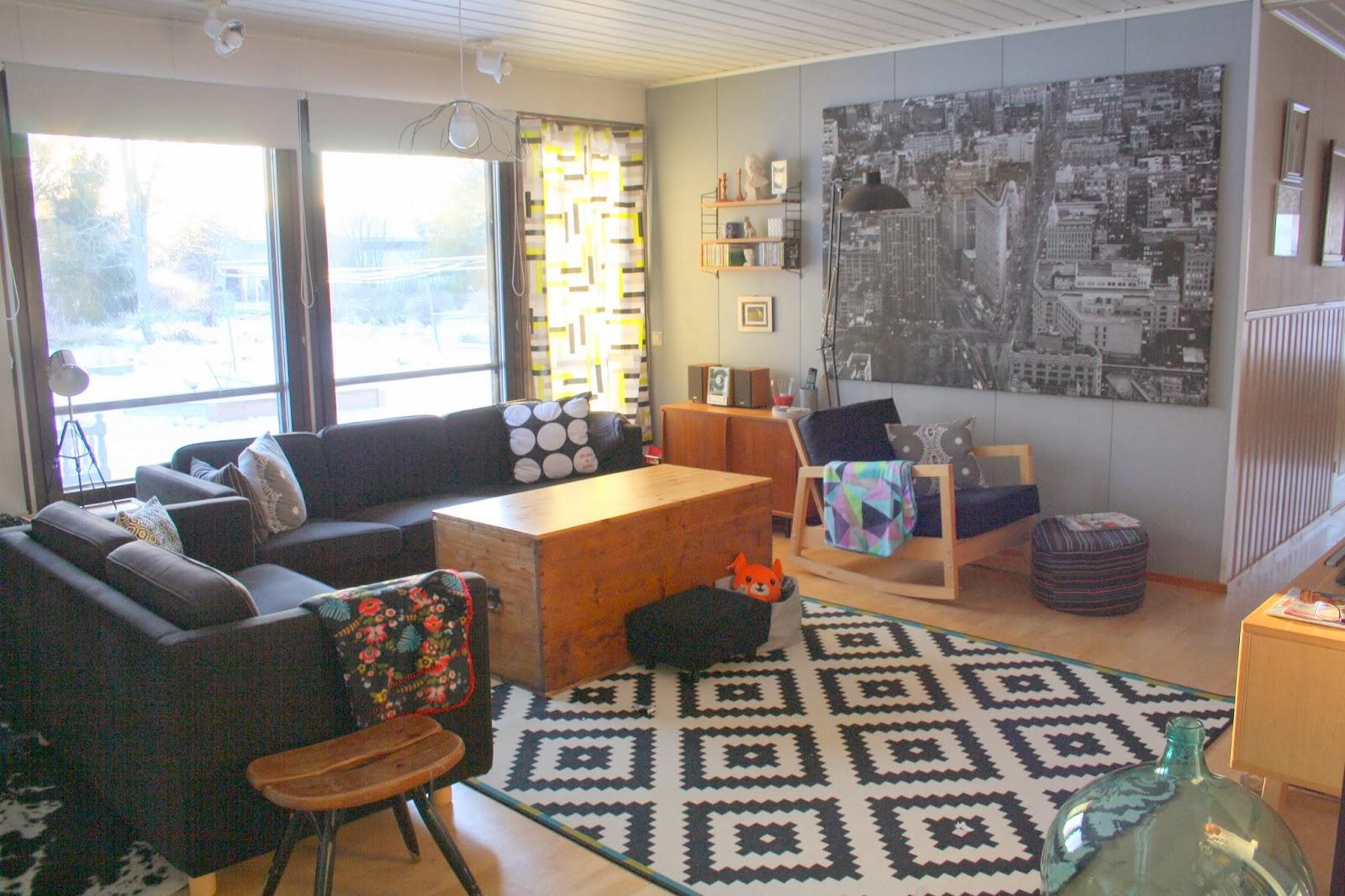 Ikea Teppich Lappljung Ruta ~   taas Vallilan Block verhon ja lattialle Ikea Lappljung Ruta maton