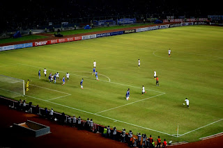 Indonesia All Stars vs Chelsea, rare Indonesia attack