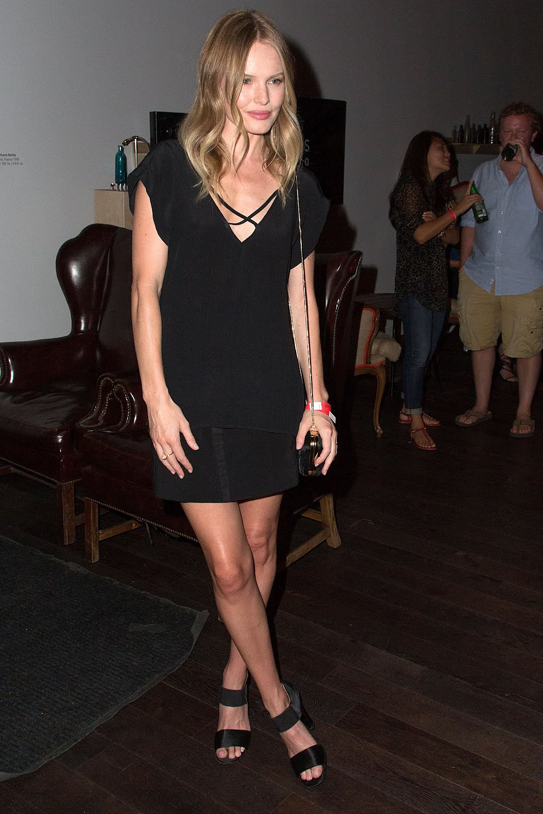 http://2.bp.blogspot.com/-l0HWYMxMv4M/UFRNiKV3ciI/AAAAAAAAAlI/FpHEZXfROE0/s1600/Kate_Bosworth_Feet_02.jpg