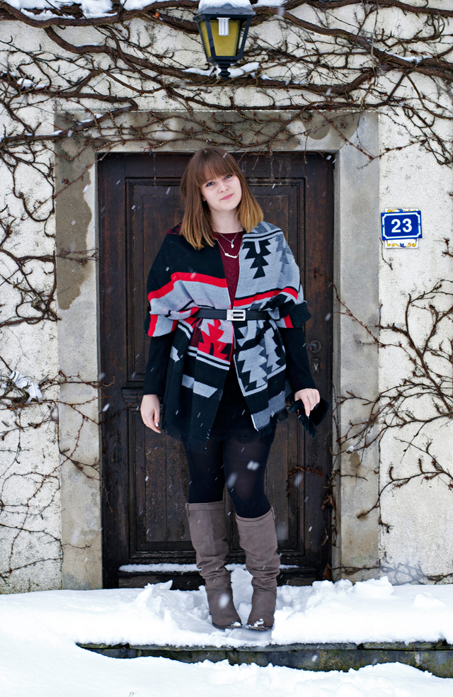 aztec scarf poncho belt outfit look black grey red