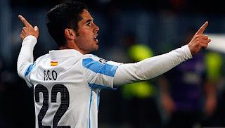 Dua gol Malaga dicetak masing-masing oleh Isco