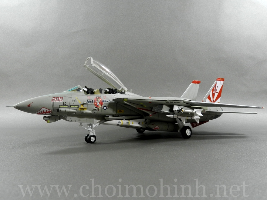 F-14A Tomcat 1:72 Forces of Valor side