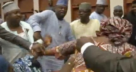 nigerian senators fighting