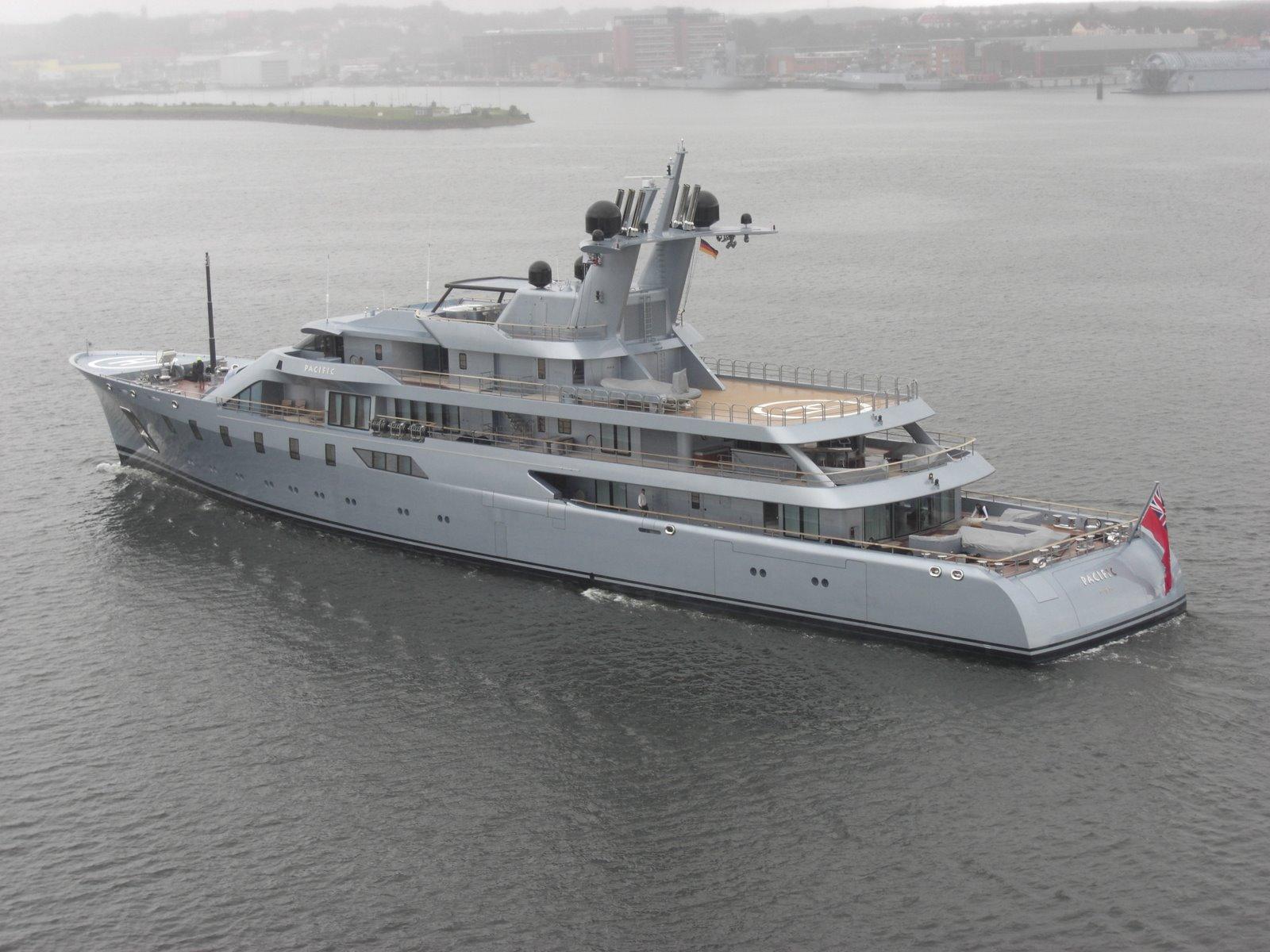Megayacht PACIFIC