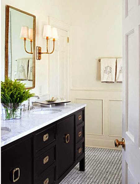 traditional white bathroom design