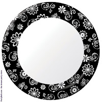 Black_white_floral_plate
