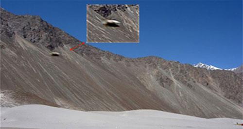 kongka-la-pass-ufo-1.jpg