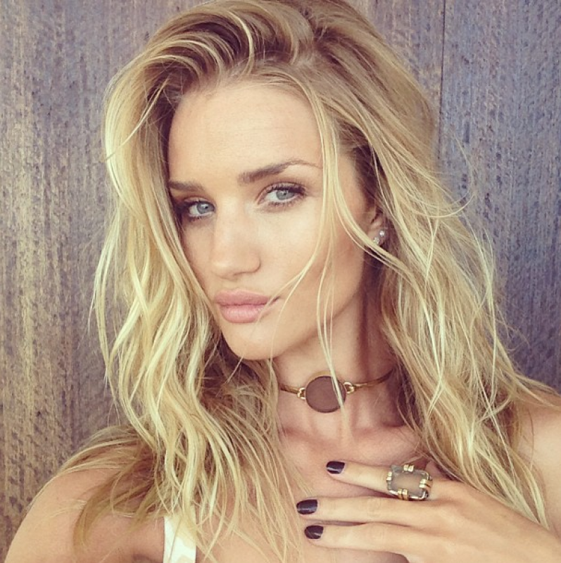 #WCW - Woman crush Wednesday - Rosie Huntington Whiteley ... Rosie Huntington Whiteley Instagram