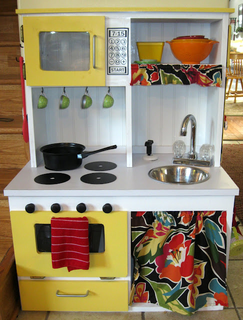 DIY Play Kitchen Tutorial PeekaBoo Pages Sew Something Special