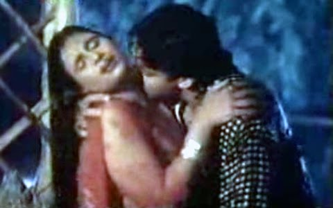 Home ? Hindi Sexy Movies ? Watch Online Amavas Ki Raat Hindi Hot Movie