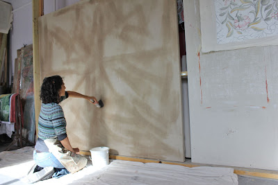 Melissa priming canvas