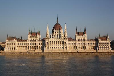 voli low cost budapest ryanair