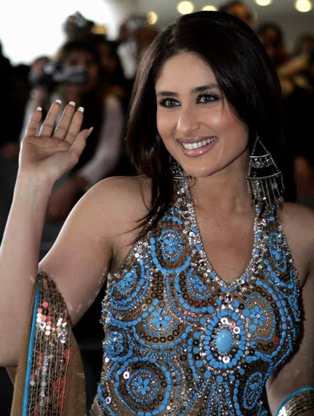 kareena kapoor in a traditional dress 03